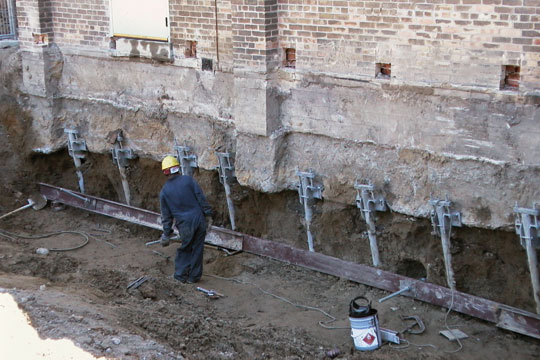 Footing Raising Stabilization Permanently Leawood Ksking